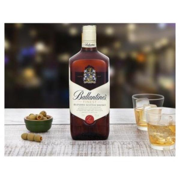 Imagem de Whisky Ballantine's Finest 750ml